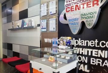 bangkok-university-dental-planet-clinicBB88A6A9-2B40-1C78-93C7-6BDC861D7F09.jpg